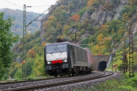 MRCE | ES64F4 806 | aka 189 806 | Loreley | 14.10.2015 | (c) Uli Kutting