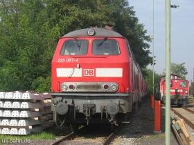 DB | 225 007-4 | Bischofsheim | 10.10.2006 | (c) Uli Kutting