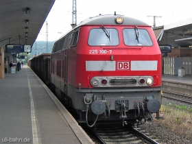 DB | 225 100-7 | Koblenz Hbf | 31.05.2006 | (c) Uli Kutting