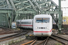 DB AG | 402 007-9 | Köln Hbf | 29.10.2015 | (c) Uli Kutting