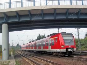 DB AG | 423 411-8 | Mainz Kostheim | 10.10.2006 | (c) Uli Kutting