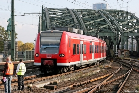 DB AG | 425 054 | Köln Hbf | 29.10.2015 | (c) Uli Kutting