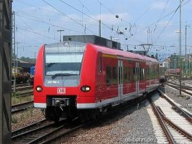 DB AG | 425 756-4 | Mainz Hbf | 28.06.2006 | (c) Uli Kutting