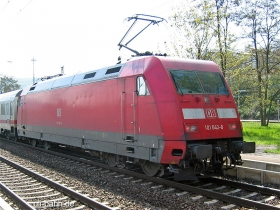 DB AG | 101 043-8 | Re 4367 | Bingen Hbf | 02.05.2006 | (c) Uli Kutting