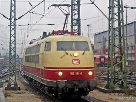 DB | 103 184-8 | Frankfurt Hbf | 08.02.2007 |  (c) Uli Kutting