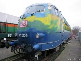 "DB | 103 220-0 | ""Touristik"" | DB Museum Koblenz | 24.01.2015 | (c) Uli Kutting"