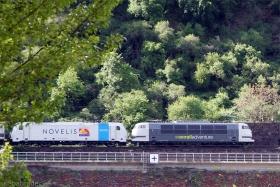 Railadventure | 103 222-6 | Railpool 185 691-3 | St. Goar | 7.05.2015 | (c) Uli Kutting