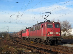 DB AG | 140 826-9 | 140 798-0 | Wiesbaden-Biebrich | 10.11.2006 | (c) Uli Kutting