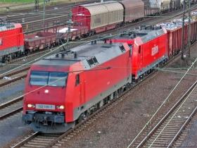 DB | 152 108-7 | 185 219-3 | Bischofsheim | 25.01.2007 | (c) Uli Kutting