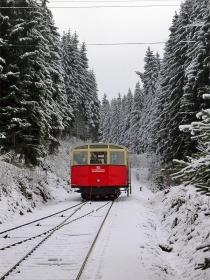 Oberweißbacher Bergbahn | Bergbahn | Personenwagen | Obstfelderschmiede | 28.12.2004 | (c) Uli Kutting